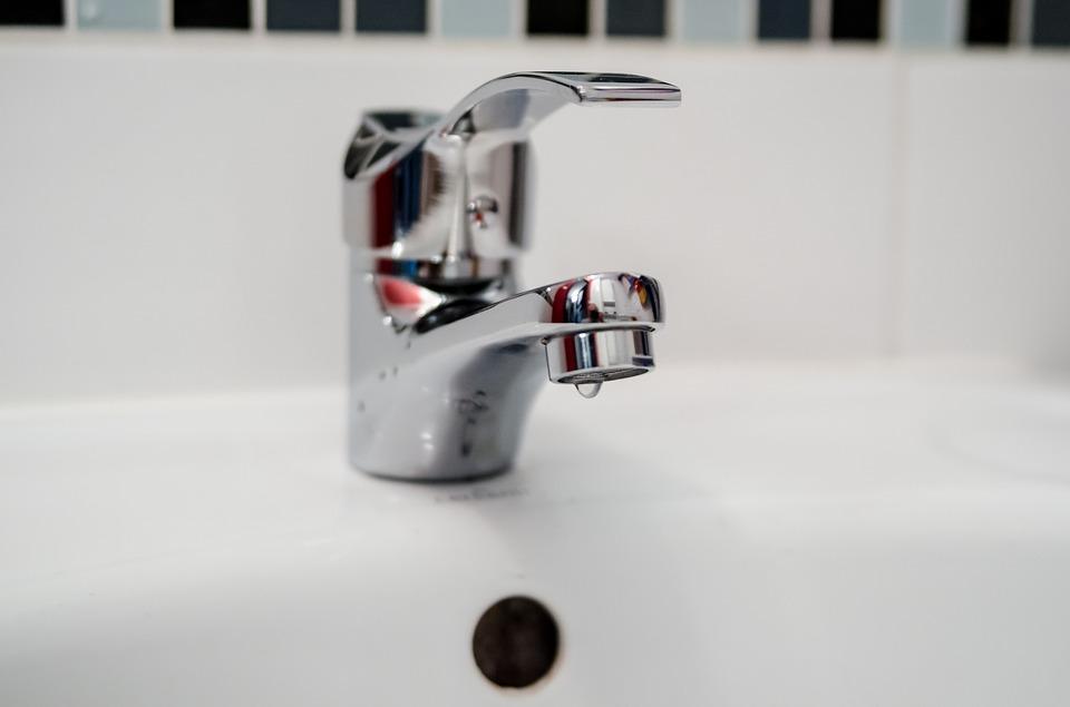 plumber-2788334_960_720